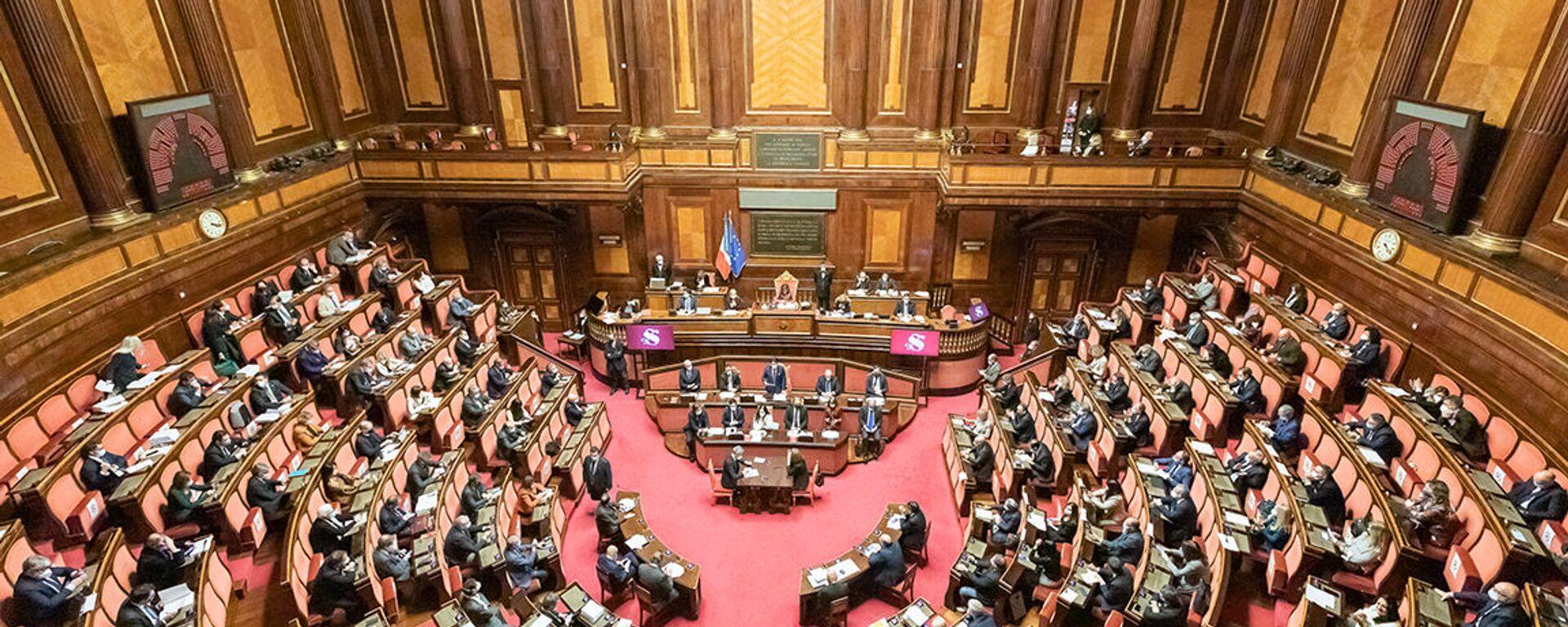 Senato della Repubblica, le Comunicazioni del Presidente Conte in vista del Consiglio europeo del 10-11 dicembre - Sputnik Italia, 1920, 19.01.2021