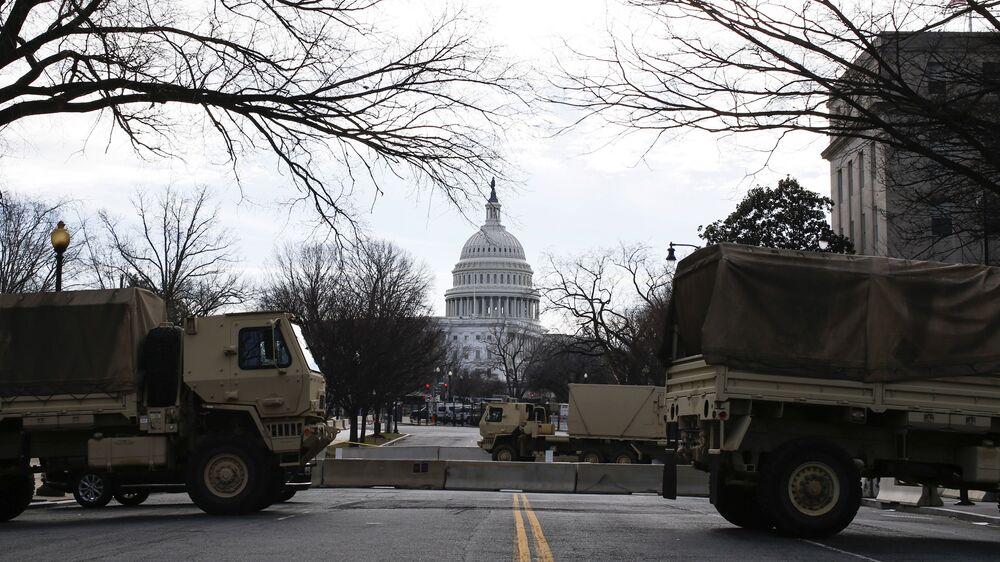 La Guardia Nazionale ha bloccato l'accesso al Campidoglio a Washington, USA