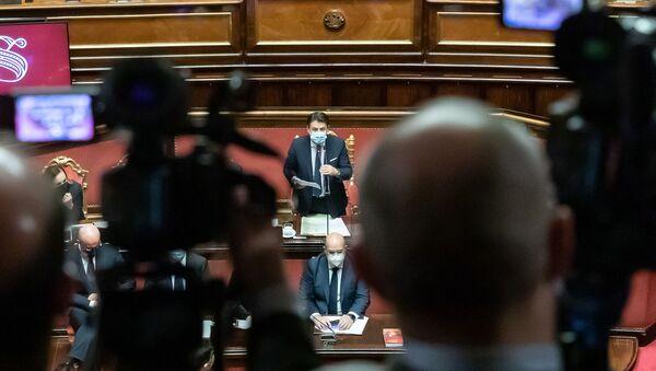 Il premier Conte nell'aula del Senato  - Sputnik Italia