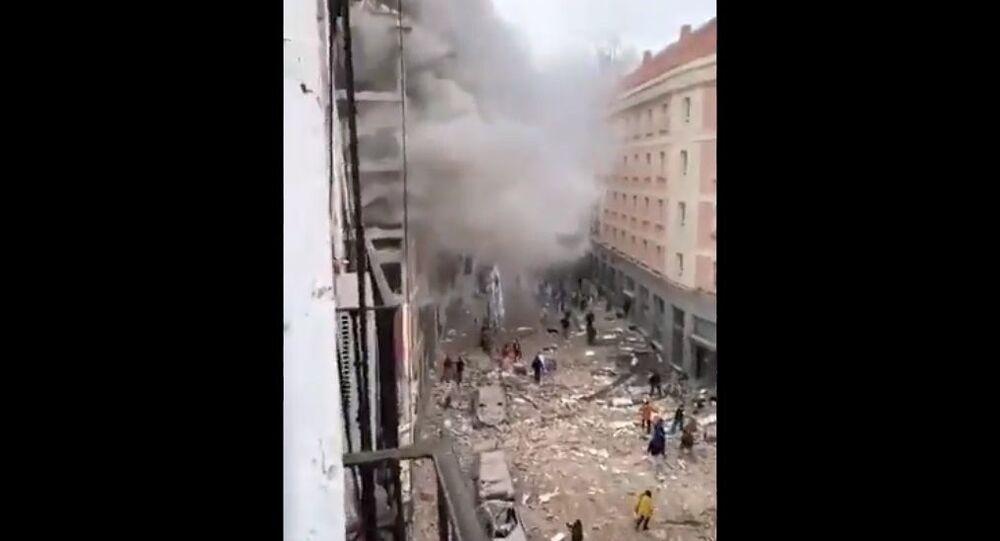 Forte esplosione a Madrid, almeno tre morti, otto feriti e un disperso