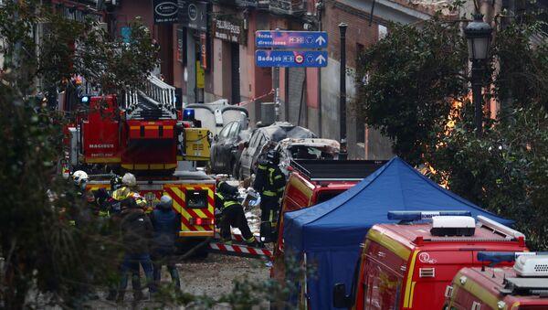 Vigili del fuoco sul luogo dell'esplosione a Madrid - Sputnik Italia