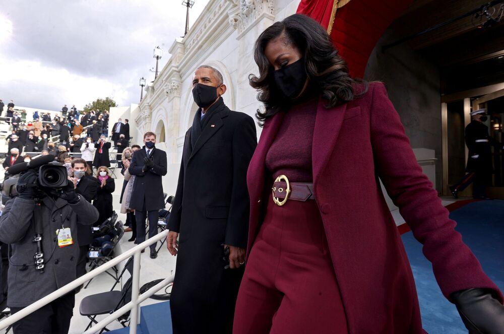 Barack e Michelle Obama arrivano alla cerimonia di inaugurazione di Joe Biden