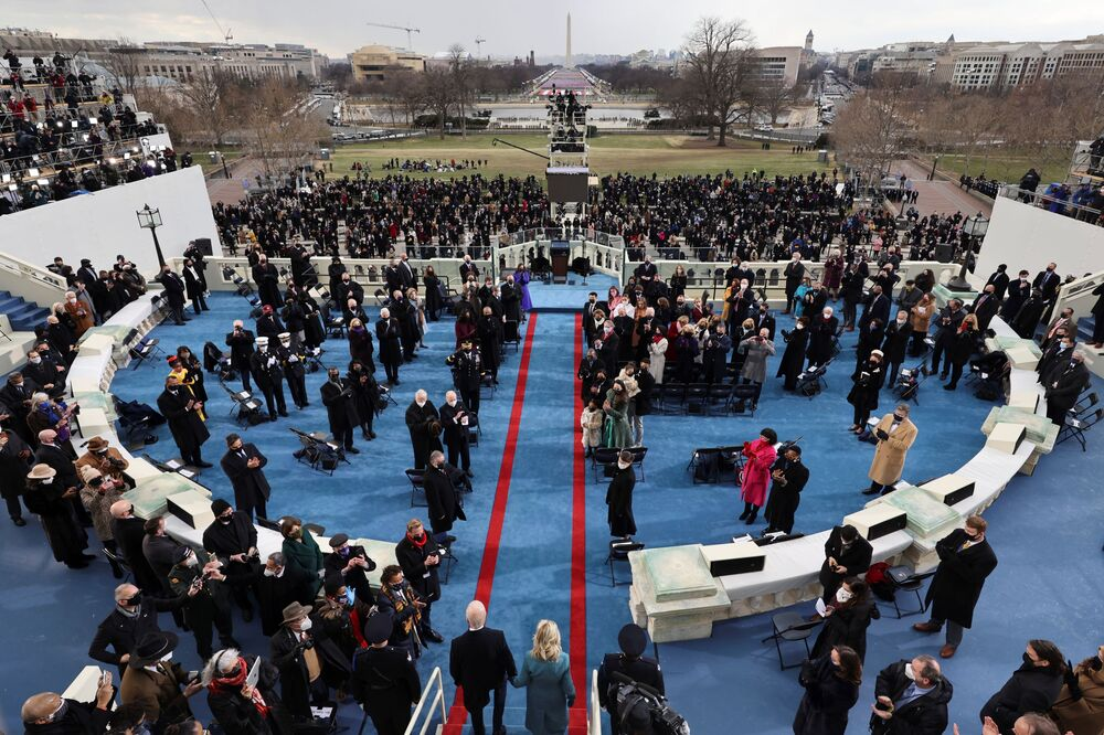 Joe e Jill Biden arrivano per la cerimonia di inaugurazione