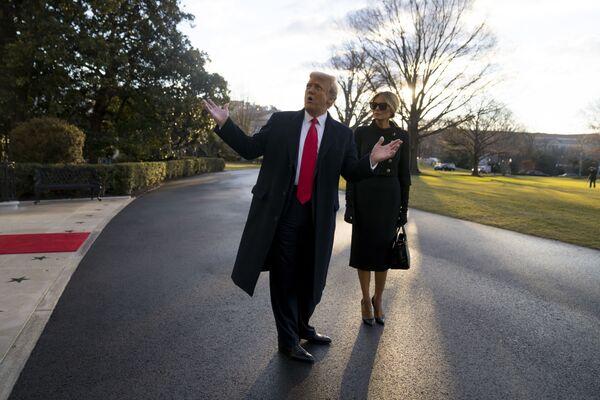 Donald e Melania Trump lasciano la Casa Bianca - Sputnik Italia