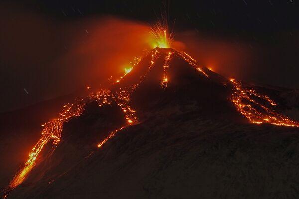Eruzione dell'Etna, Italia - Sputnik Italia