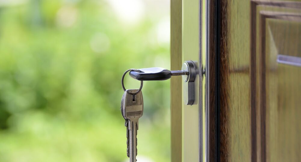 Door lock and keys