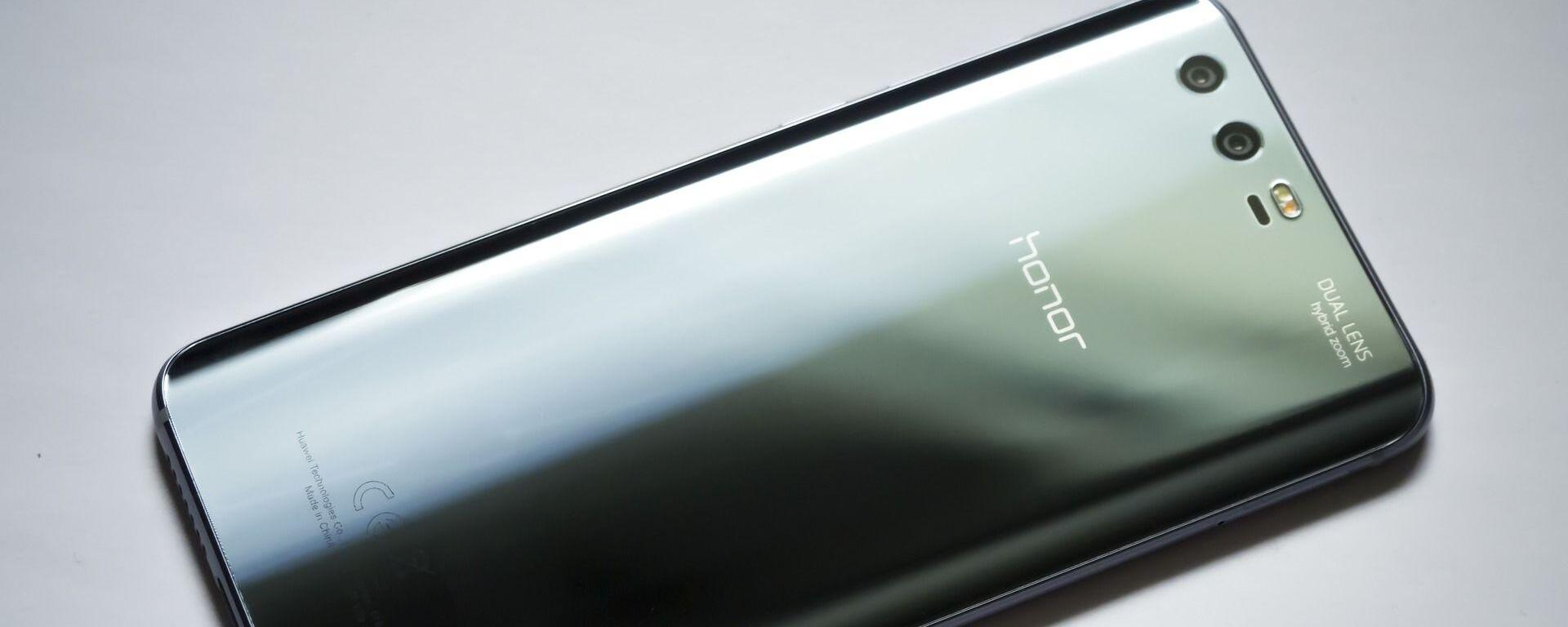 Smartphone Honor - Sputnik Italia, 1920, 22.01.2021