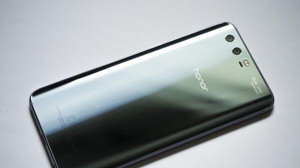 Smartphone Honor - Sputnik Italia