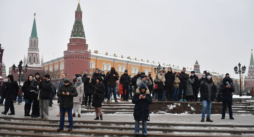 Le persone nel corso delle proteste a sostegno di Navalny