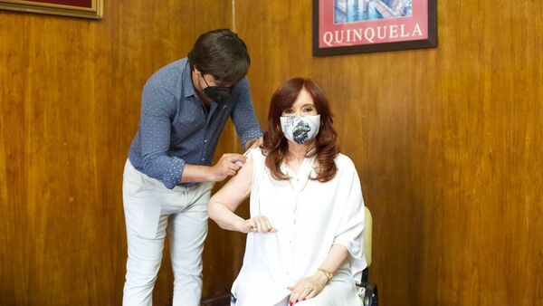 Vicepresidente argentina Cristina Fernández de Kirchner vaccinata con il vaccino russo  - Sputnik Italia