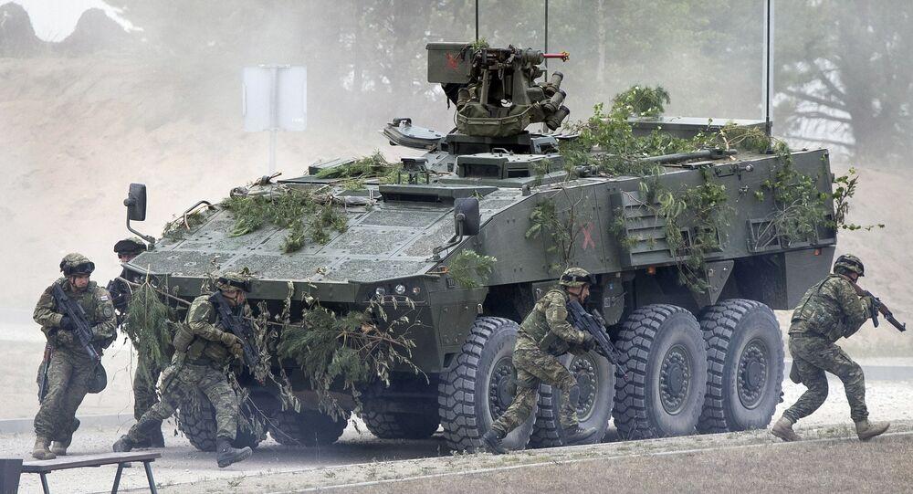 Soildati NATO alle esercitazioni in Lituania (foto d'archivio)