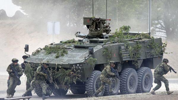 Soildati NATO alle esercitazioni in Lituania (foto d'archivio) - Sputnik Italia