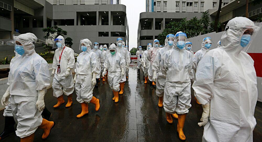 In Italia 12.715 nuovi contagi e 421 morti in 24 ore