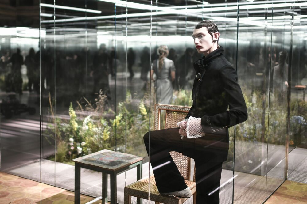 Diversi ospiti speciali alla sfilata di Fendi in occasione della Milano Fashion Week 2021.