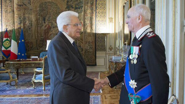 Il Presidente Sergio Mattarella con il Generale di Corpo D'Armata, Tullio Del Sette, Comandante Generale dell'Arma dei Carabinieri uscente. - Sputnik Italia