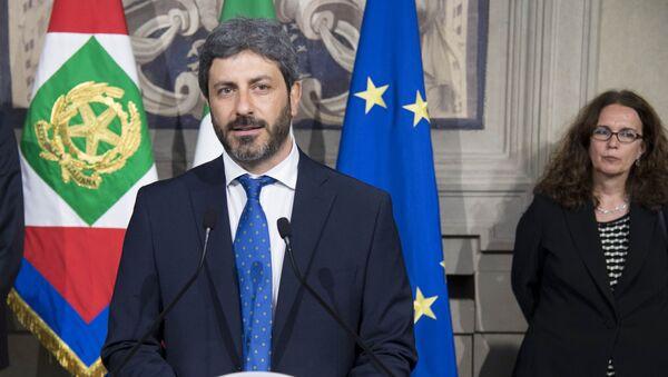 Il Presidente della Camera dei deputati, On. Roberto Fico,al termine del colloquio con il Presidente Sergio Mattarella. - Sputnik Italia