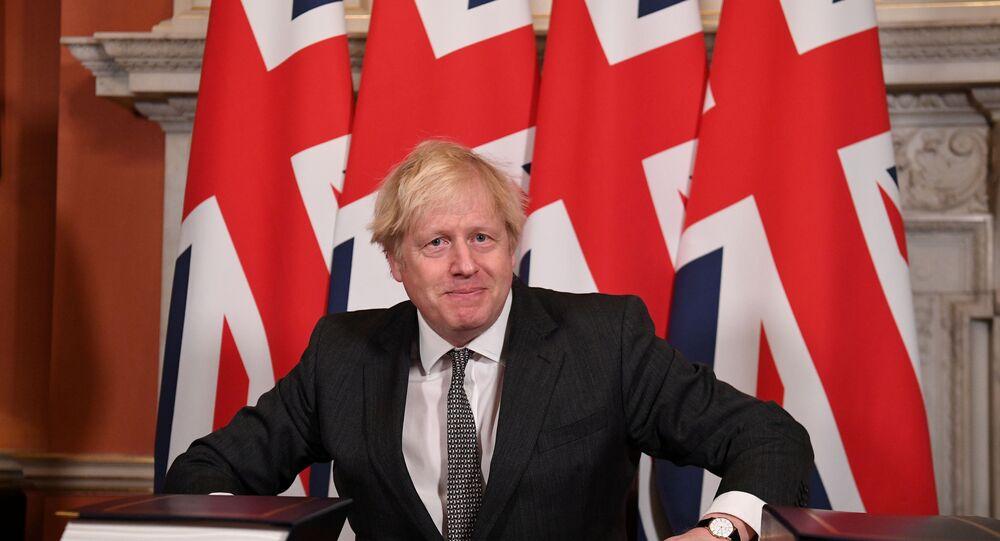 Premier Boris Johnson dopo la firma della Brexit