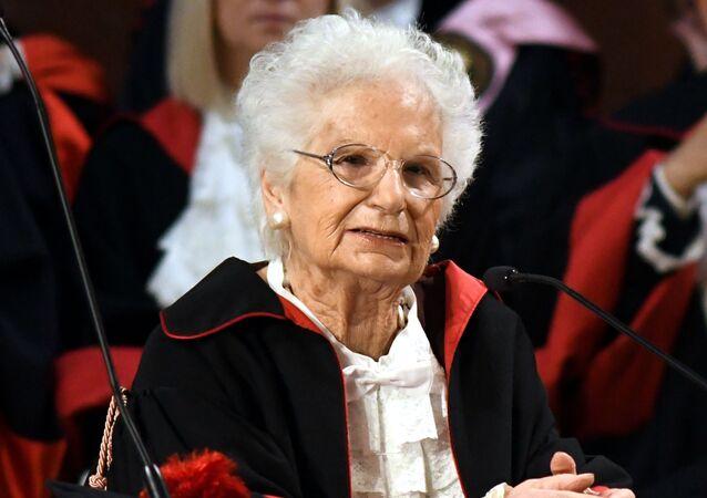 La sentartice a vita Liliana Segre riceve il dottorato honoris causa in Storia dell'Europa durante l'inaugurazione dell'anno accademico dell'Universita La Sapienza di Roma