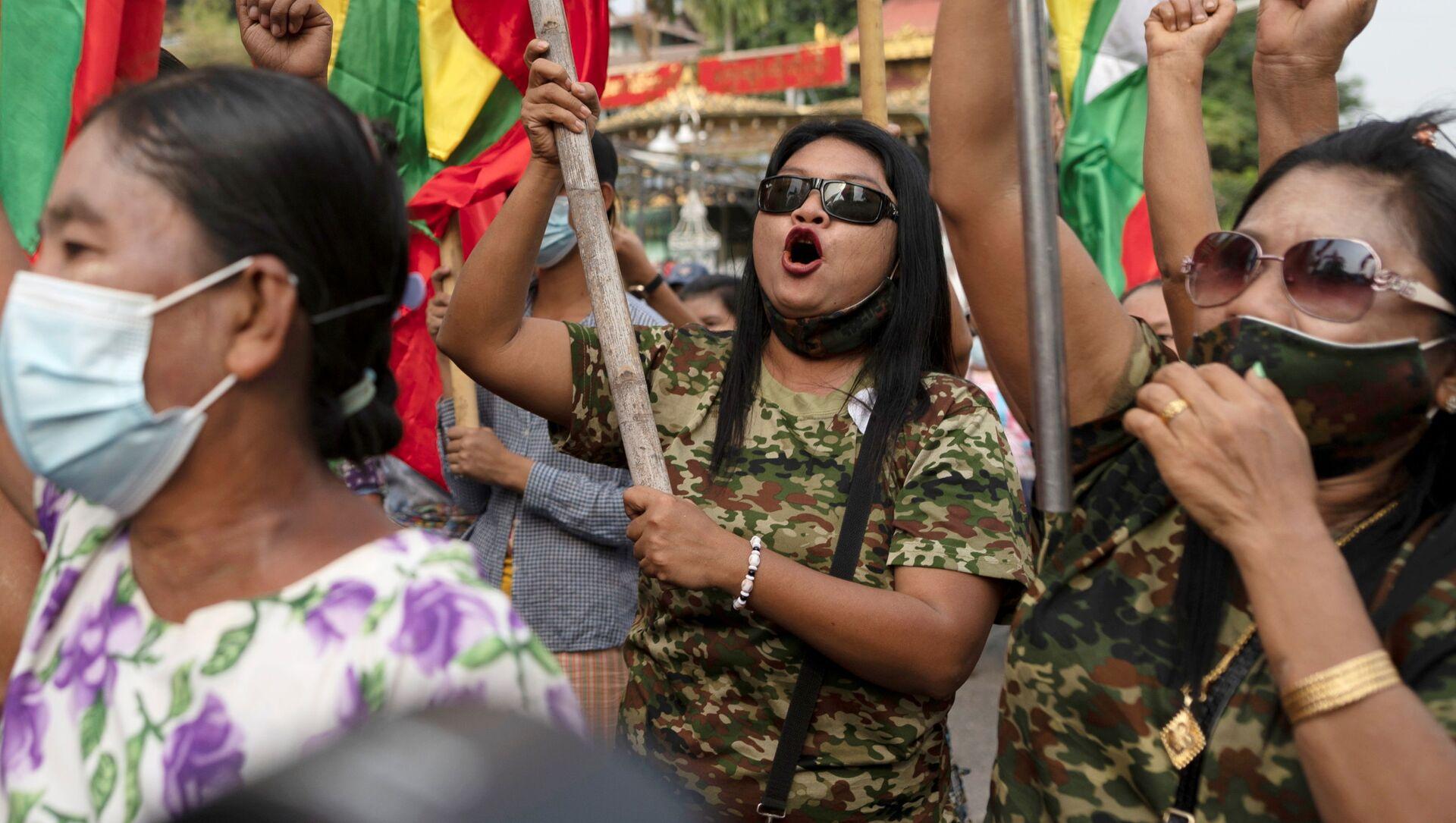 Golpe in Myanmar: militari sono sempre stati una minaccia dal 2011, dice ricercatore - Sputnik Italia, 1920, 01.02.2021
