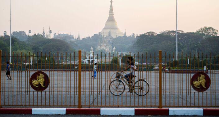 La Shwedagon Pagoda di Yangon è il sito buddhista più sacro del Myanmar