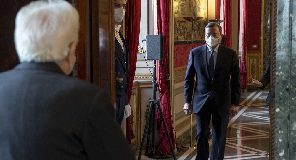 Il Presidente della Repubblica Sergio Mattarella accoglie Draghi