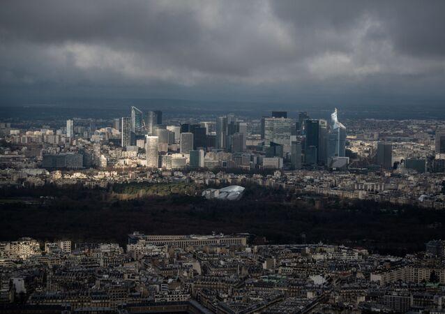 Il quartiere La Defense, nei pressi di Parigi