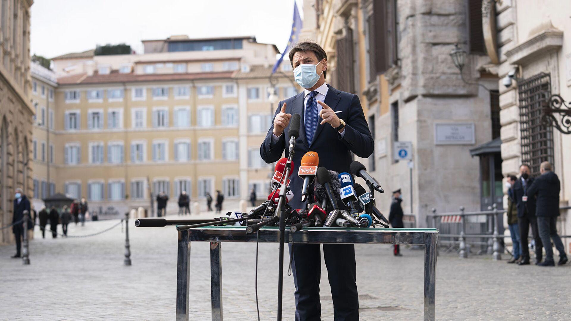 Giuseppe Conte incontra la stampa  - Sputnik Italia, 1920, 02.07.2021