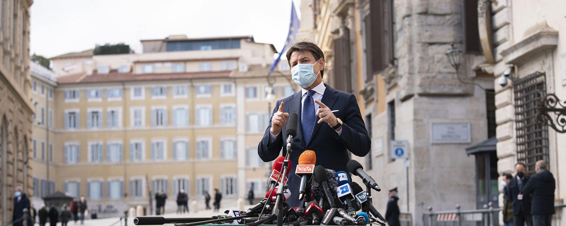 Giuseppe Conte incontra la stampa  - Sputnik Italia, 1920, 14.02.2021