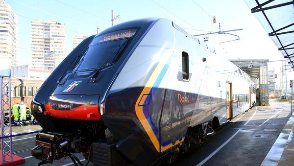 Un nuovo treno regionale locale TAF-Rock - Sputnik Italia
