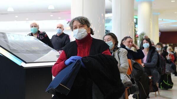 La vaccinazione di massa contro il coronavirus in Russia con il vaccino Sputnik V  prosegue a pieno ritmo - Sputnik Italia