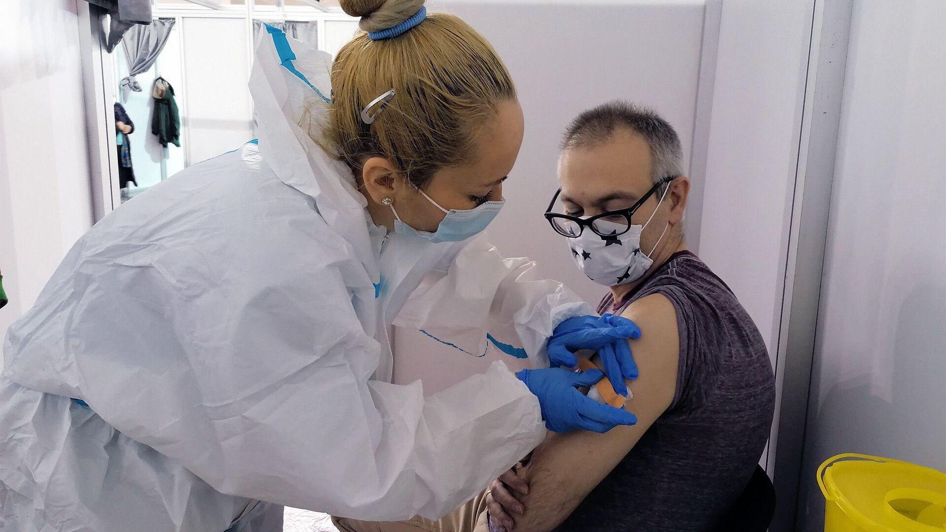 La campagna di vaccinazione in Serbia con il vaccino Sputnik V - Sputnik Italia, 1920, 22.02.2021
