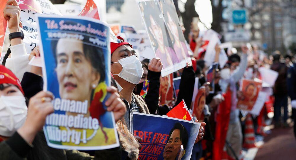 Manifestanti dal Myanmar residenti in Giappone