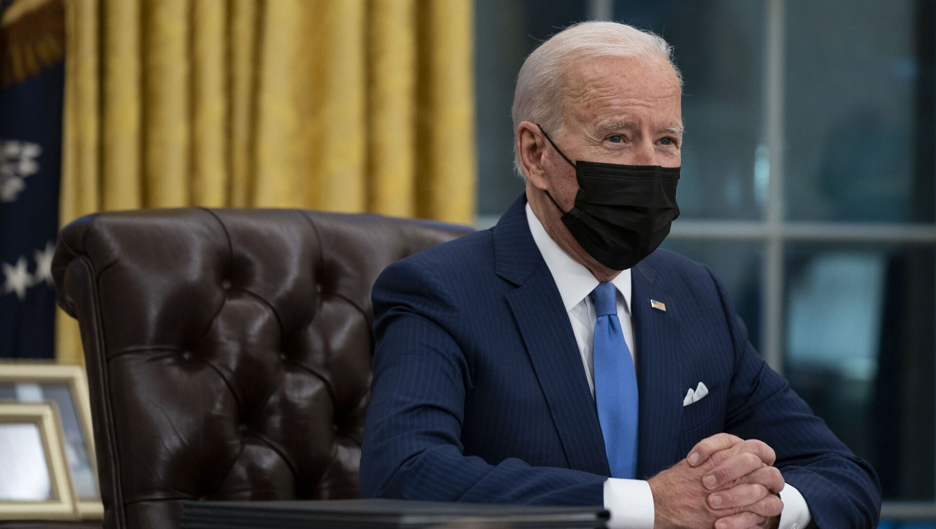 President Joe Biden delivers remarks on immigration, in the Oval Office of the White House, Tuesday, Feb. 2, 2021, in Washington. - Sputnik Italia, 1920, 09.03.2021