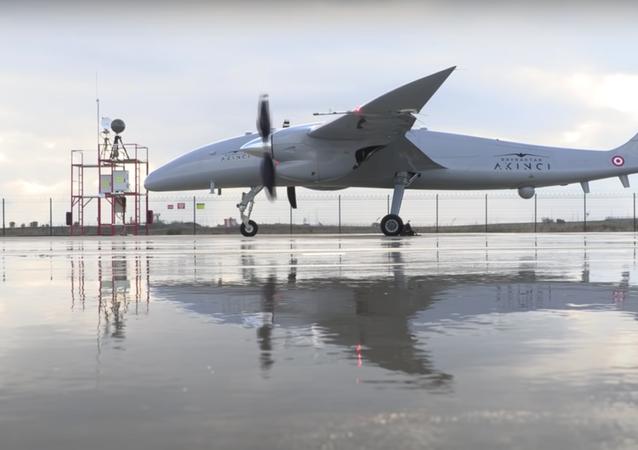 Un dron turco Akinci