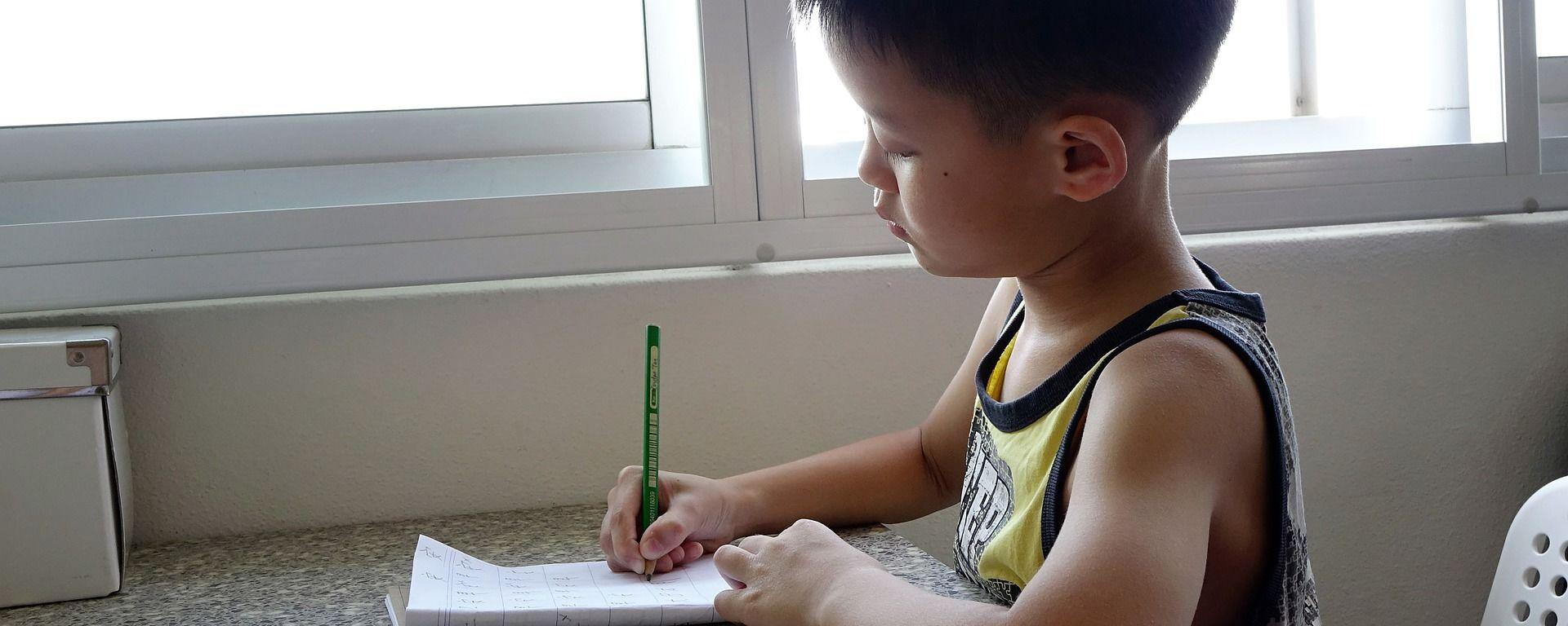 Un bambino cinese a scuola - Sputnik Italia, 1920, 21.07.2021
