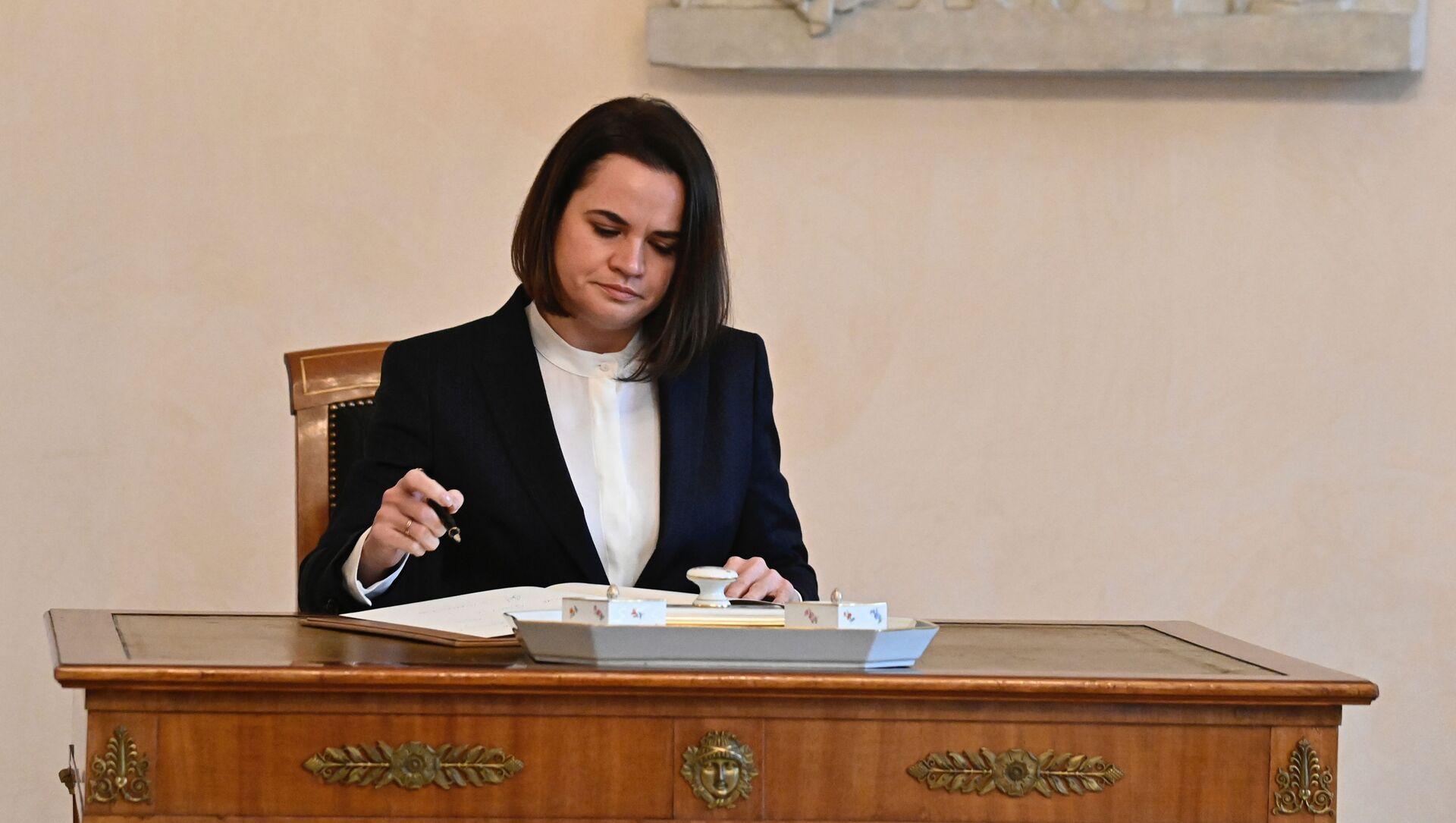 L'oppositrice bielorussa ed ex candidata alla presidenza Svetlana Tikhanovskaya - Sputnik Italia, 1920, 10.02.2021