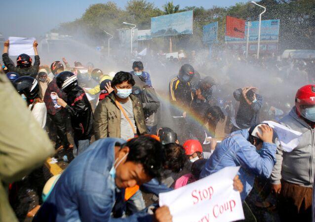 Disordini in Myanmar
