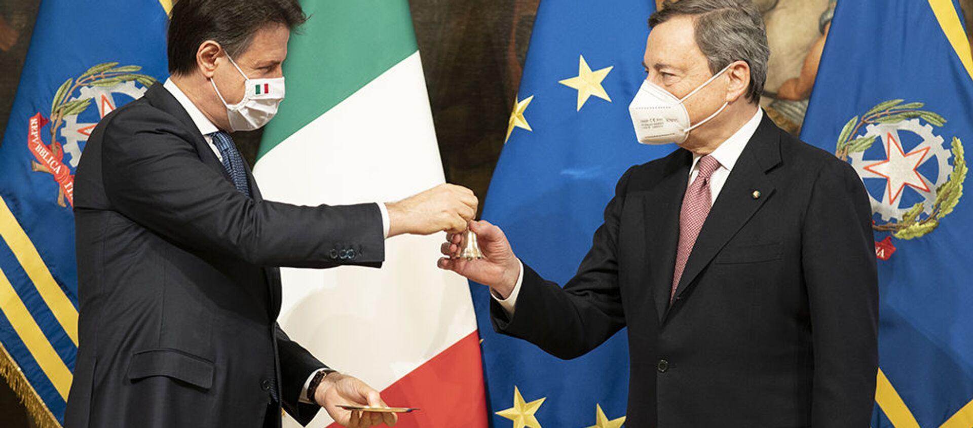 Passaggio di consegne tra Conte e Draghi - Sputnik Italia, 1920, 13.02.2021