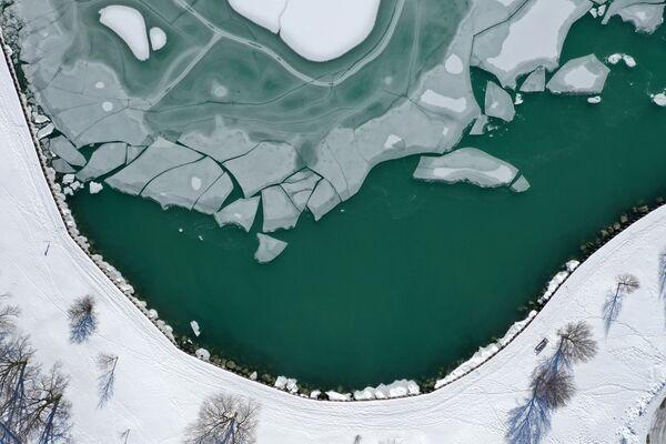Ghiaccio sul lago Michigan a Chicago - Sputnik Italia