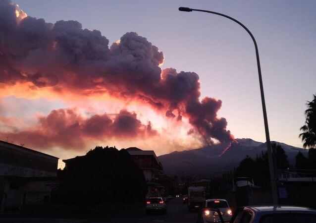 Eruzione Etna, il 16 febbraio