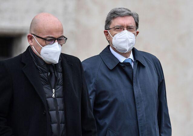 Enrico Giovannini, Ministro Infrastrutture e Trasporti (a destra) e Roberto Cingolani, Ministro per la Transizione ecologica (a sinistra)