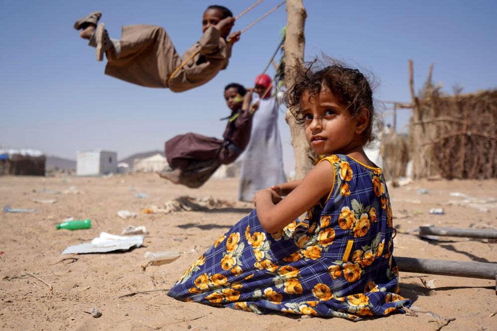 Una bambina in un campo per sfollati interni a Marib, nello Yemen