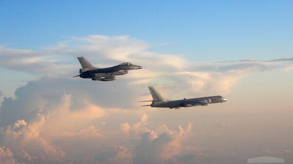 Aerei da combattimento di Taiwan e Cina - Sputnik Italia
