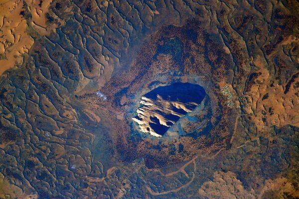 Ayers Rock in Uluru, una delle principali attrazioni naturali dell'Australia.  - Sputnik Italia