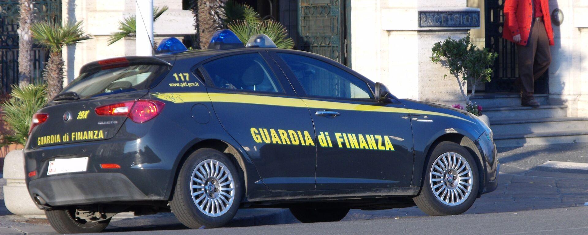 Auto della guardia di finanza - Sputnik Italia, 1920, 12.05.2021
