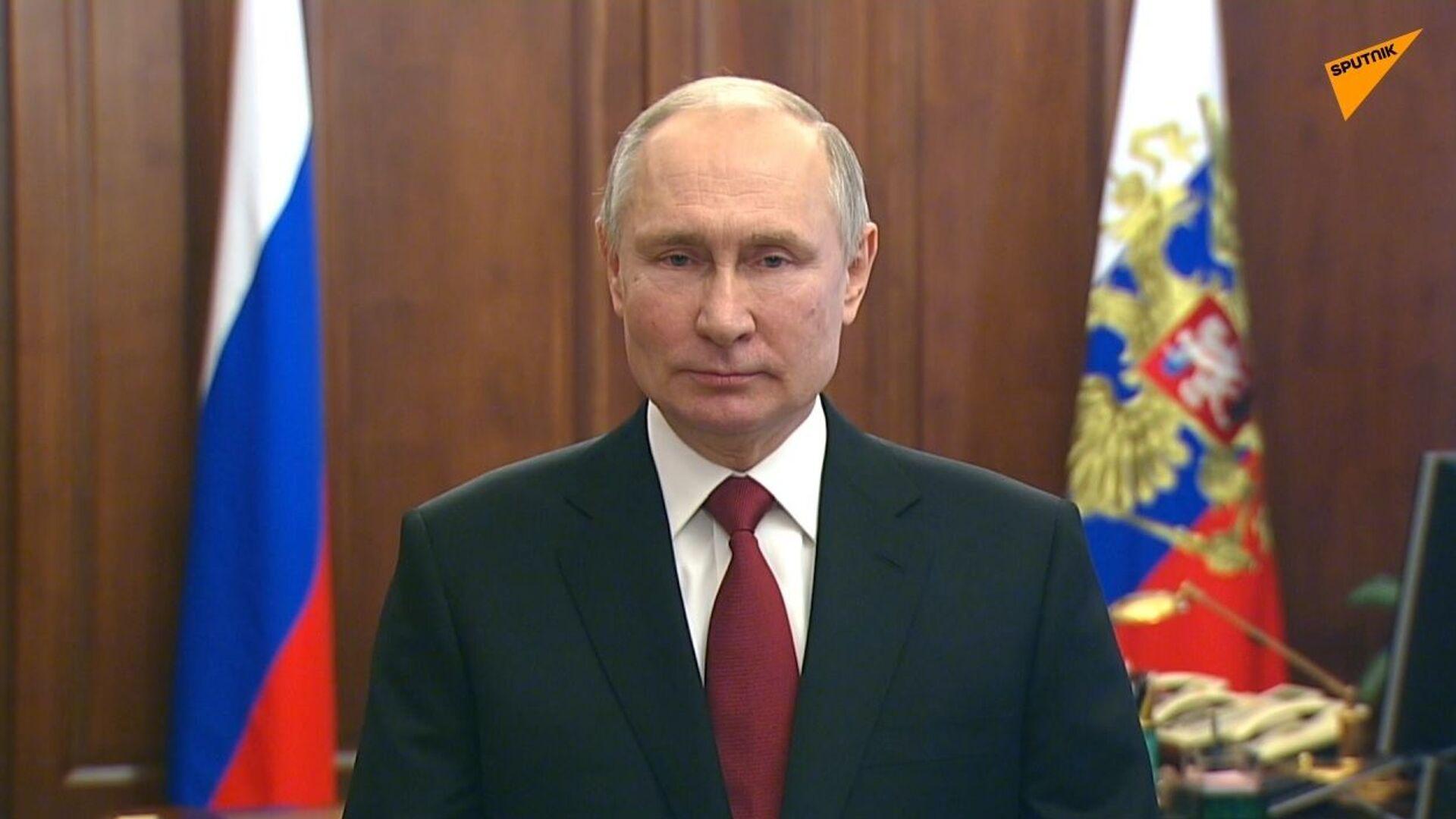 Russia, messaggio di congratulazioni di Putin in occasione della Giornata del difensore della Patria - Sputnik Italia, 1920, 15.04.2021