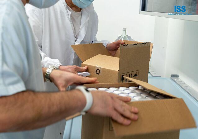 I medici di San Marino con il vaccino russo Sputnik V