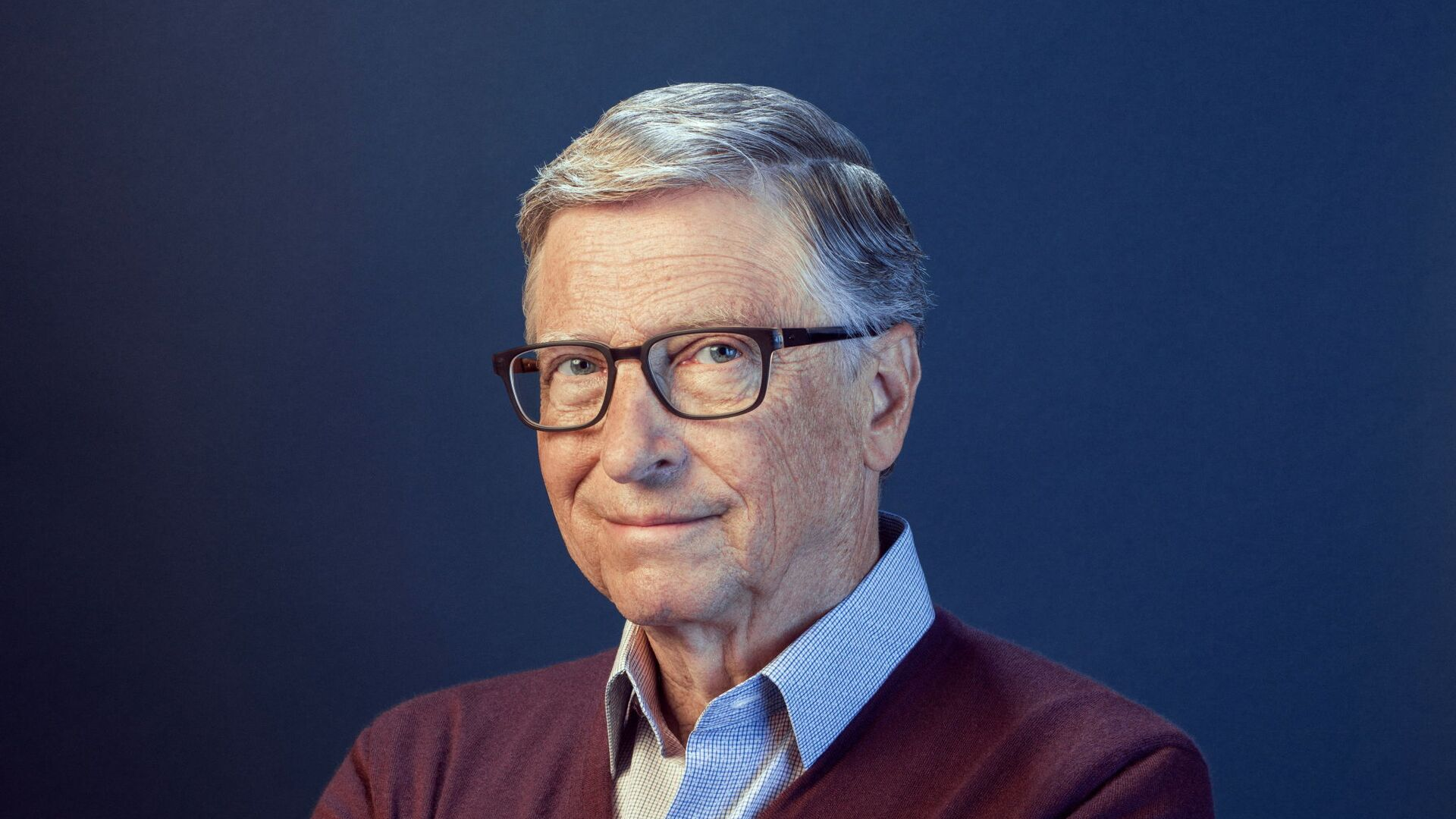 Bill Gates poses in this undated handout photo obtained by Reuters on February 15, 2021 - Sputnik Italia, 1920, 12.08.2021