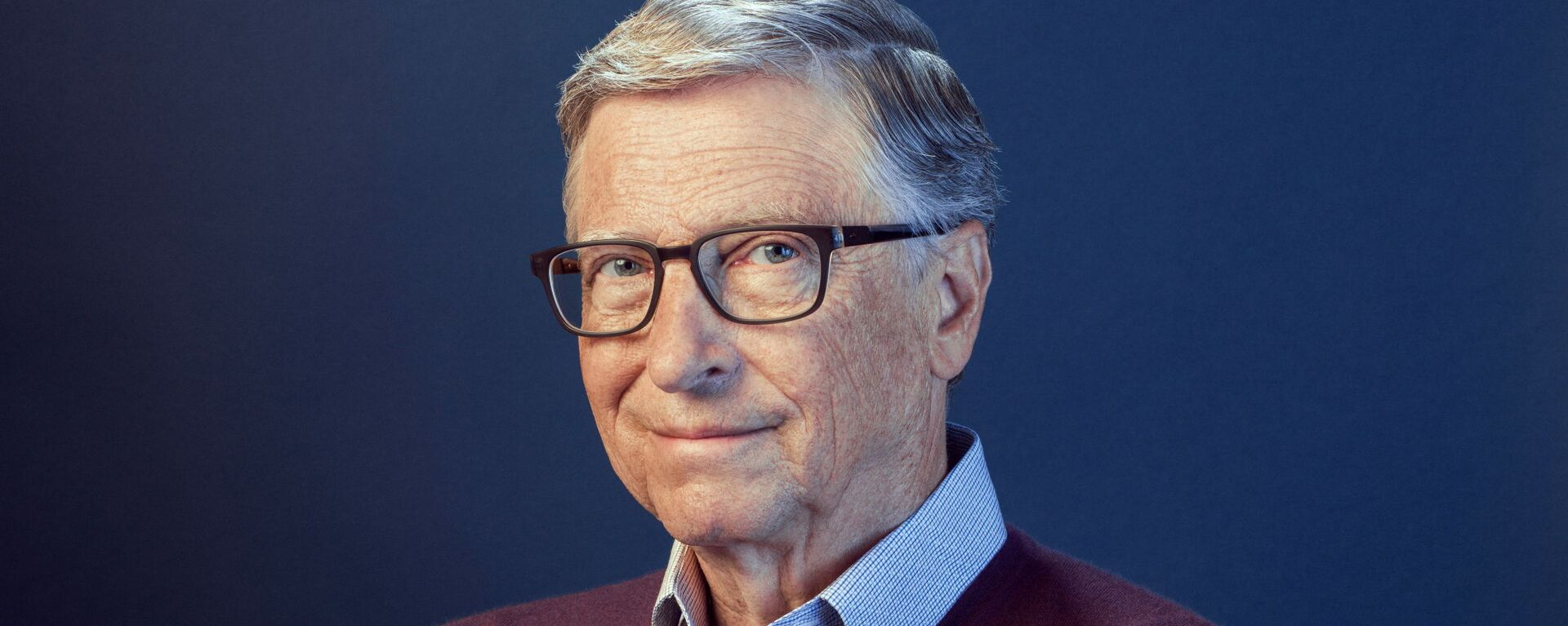 Bill Gates poses in this undated handout photo obtained by Reuters on February 15, 2021 - Sputnik Italia, 1920, 11.06.2021