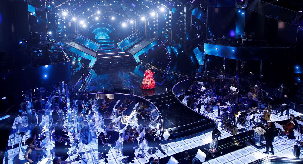 Rosario Fiorello si esibisce durante il 71° Festival di Sanremo in diretta dal Teatro Ariston, il 2 marzo 2021